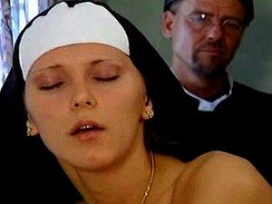 Freiras Peitudas De Punição De Sarah Nice Porn