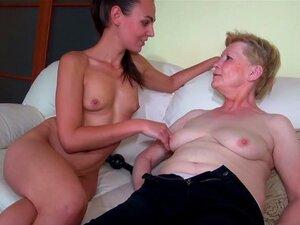 Jovem Simpática E Velha Vovó Me Masturbei Porn