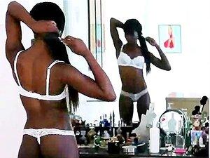 Afro Preta Puta Magra Em Lingerie Sexy Branco Porn
