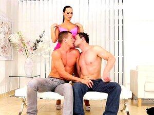 Bichas Bissexuais A Fazer Sexo Oral E A Fazer Sexo Oral. Porn