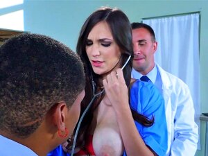 Brazzers-Dirty Doctor Holly Micheals Porn