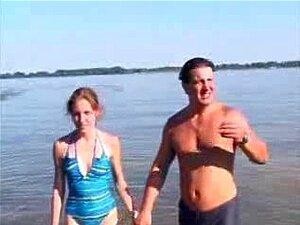 Nude Beach - Classic - Teta Pequena Ruiva CIM Facial Porn