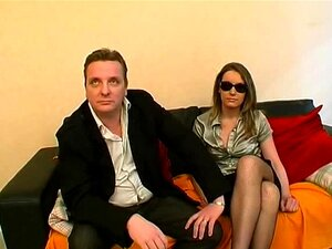 Ele Compartilhou Sua Esposa Rose Em Um Gangbang Porn