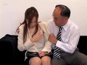 Um Japonês Bonito Bateu Com Força No Vídeo De Sexo Japonês Voyeur, Uma Tipa Japonesa Muito Simpática Bate Com A Rata Muito Forte Durante Uma Entrevista De Emprego E Ela Acabou Num Vídeo De Sexo Japonês De Uma Câmara De Espionagem. Parece Muito Quente E ót Porn