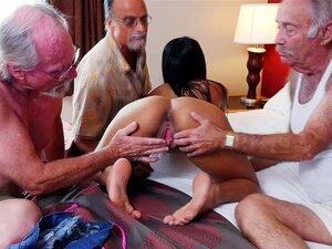 Linda Nikki Kay Orgia Quente Com Velhos Ricos Porn