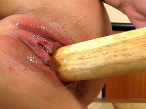 Mais Quente Babe Buceta Usando Vibrador Enorme Na Buceta Dela Molhada Porn