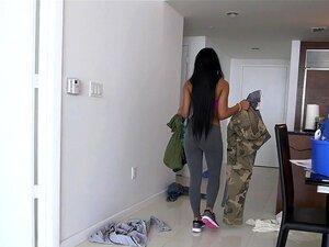Aaliyah Grey No Serviço Completo De Aaliyah Empregada Nova Hot Vídeo, Como Você Sabe, Nós Tivemos Uma Cornucópia Proverbial De Donzelas Quentes Slinking Sobre A Casa, Semana Após Semana. Semanas A Garota Era Outra Coisa. Super Fofo. 20 Anos De Idade. Rock Porn