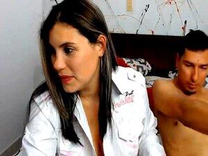 Colombiano Com Enorme Hooters E Bunda Perfurados, Assista Essa Gata Como Ela é Fodida Em Várias Posições, Eles Começaram O Show, Fazendo O Famoso 69 Posição Onde Ela Chupar Seu Parceiro De Pau Enquanto Sua Buceta Fica Comido Então Ela Monta O Seu Parceiro Porn