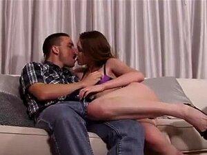 Megan Foxx é A Filha Da Mulher Que Marr Porn