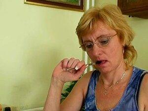 O Professor Da Milf, Nasty Fingering, Depois De Ter Uma Aula. Porn
