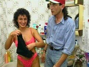 Mulher Madura Respinga No Banheiro - Julia Reaves Porn