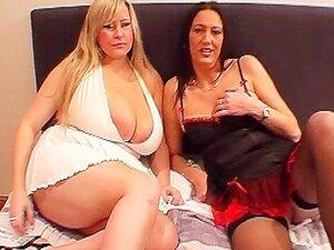 As Mulheres Boobed Maciças O Amigo Maduro Toma Cumshots Faciais Porn