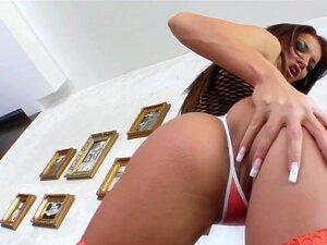 Buceta Rosa Mercedes Quer Um Vibrador, Mas A Bunda Dela, Porn