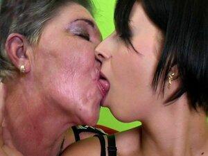 Vovó Com Cona Peluda Fode Menina Porn