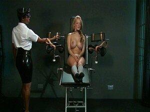 BDSM XXX Escrava Com Peitos Enormes, Fica Difícil Com Orgasmo Porn