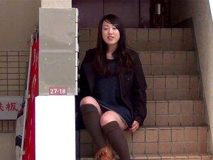 Miúdas Japonesas A Piscar. Miúdas Japonesas A Piscar Cuecas Ao Ar Livre Em Público Porn