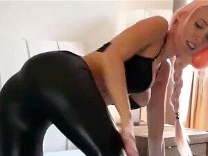 Leggings Tease Porn