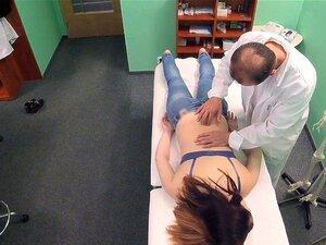 FakeHospital Petite Russian Toma Dupla Injecção No Hospital Privado Porn