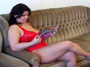 Gostosa De Calcinha Vermelha XL Porn