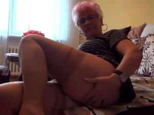 A Avó Gerdi Da Alemanha é Uma Dona De Casa Excitada., Porn