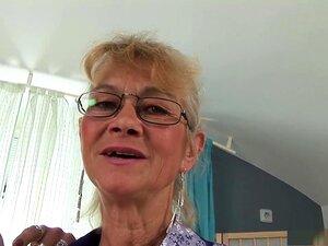 Fabuloso Pornstar No Boquete Incrível, Maduro, Vídeo Pornô, Uma Calça Skinny Pinto, Um Em Seus 30 Anos, O Outro Empurrando 70, Desça Para Alguns Intergeracional Ação Lésbica Nesta Sessão De Sexo De Branco Gueto Da Minha Avó, Uma Lésbica 2, Comer Uns Dos O Porn