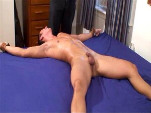 Buff Joey Tickle Torturado Porn