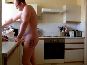 Trabalho Nu, Só Eu A Fazer Algumas Tarefas Domésticas. Porn