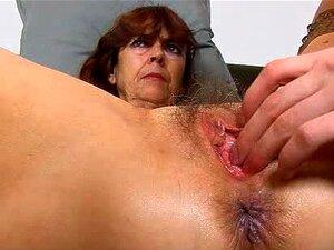 Buceta Velha Peluda Da Vovó Lada Em Close-ups Porn