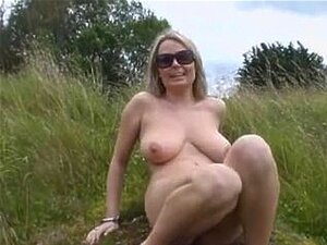 Grandes Mamas Loira Dedilhado Na Natureza BVR Porn