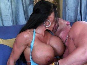 Mamãe Peituda Extremamente Lisa Lipps Ama Bonk Porn
