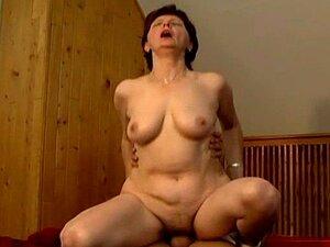 Mãe Velha Louca Fica Fodida Duro Chupar Que Grande Galo Porn