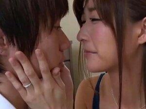Ver O Pai A Foder A Sua Nova Mãe Deu Ao Filho Um Tesão Furioso Porn