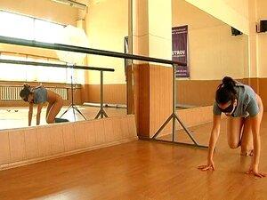 Vídeo De Esporte Nu - Muhina2 Porn
