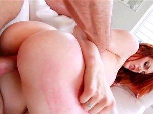 Amador Ruiva Monta A Haste. Ruiva Amador Com Bunda Grande Cavalga Haste E Obtém Facial Porn