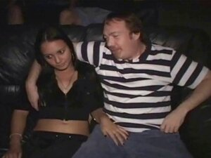 Estranhos De Degustação Latina Teen Slut Quente No Cinema Pornô! Porn