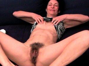 A Avó Francesa Emanuelle Adora Limpar E Masturbar-se. Porn