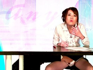 Olhando Muito Asiático Haruka Kitagawa Sucks Cock E Obtém Regado Em Cum Porn