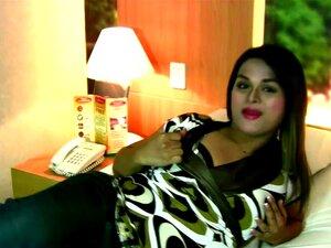 Gordinha Travesti Asiática Em Lingerie Rosa Mostra A Bunda Grande, Para Aqueles Que Gostam De Garotas Maiores, Que Nós Trazemos-lhe Um Com Um Pau Das Filipinas. Grande Bela Jasmine Começa Mostrando Seu Melhor Trunfo Que é Adornado Com Um Grande E Sexy E P Porn