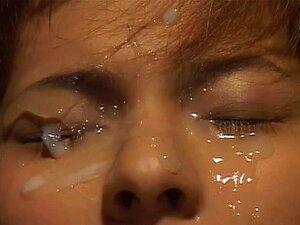 JapaneseBukkakeOrgy: Dream Shower No. 65. Uma Adolescente Japonesa Gira Mostra-nos Os Seus Verdadeiros Desejos Enquanto Nos Mostra Cenas Dos Seus Sonhos. Ser Fodida Por Seus Colegas De Escola, Comer Galo Após Galo, E Fazer Amor Com Um Homem Mais Velho Inc Porn