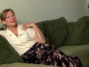 Mãe Parece Tão Quente Em Sua Meia-calça, Porn