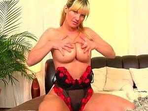 Mães Com Peitos Grandes E Buceta Peluda Porn