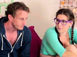 O Padrasto Come O Alex Chance Espalha A Rata Adolescente Porn