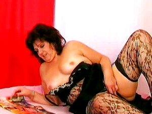 Madura Vadia Gorda Brincando Com Sua Buceta Velha Porn