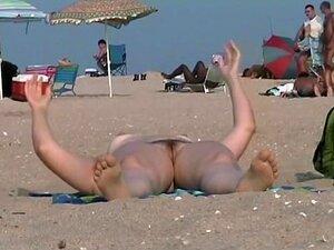 Babes E Buceta Grátis é O Que Você Pode Obter Em Praia De Nudismo, Se Você Já Se Perguntou O Que Você Pode Obter Ir à Praia De Nudismo, Este Vídeo Deve Ser A Resposta à Sua Pergunta. Você Pode Ver Muitos Bichanos E Babes Gratuitamente, Tudo Que Você Tem Q Porn