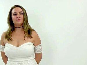 A LOIRA GIRA ESTÁ FODIDA NA AUDIÇÃO DE CASTING. Porn