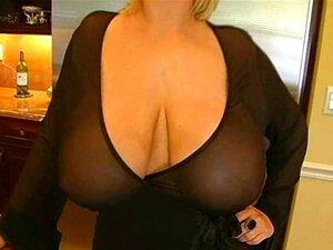 Tetas Gigantes MILF Blowjob Porn
