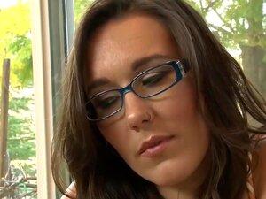 Estrelas Pornográficas Exóticas Ashlyn Molloy E Sinn Sage Num Fantástico Vídeo Sexual Cabeludo E Fetiche., Porn