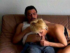 Mãe Velha Louca Fica Fodida Duro E Leva Cumshot Molhado Porn