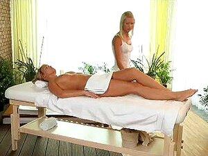 Garota Gostosa Goza De Massagem Lésbica Com Tesão Porn