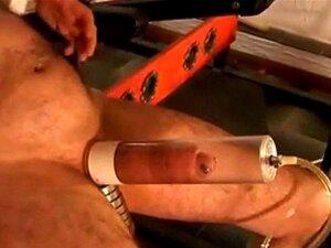 Piercing E Tatttooed MILF Bombeamento E Chupando Piercing Porn